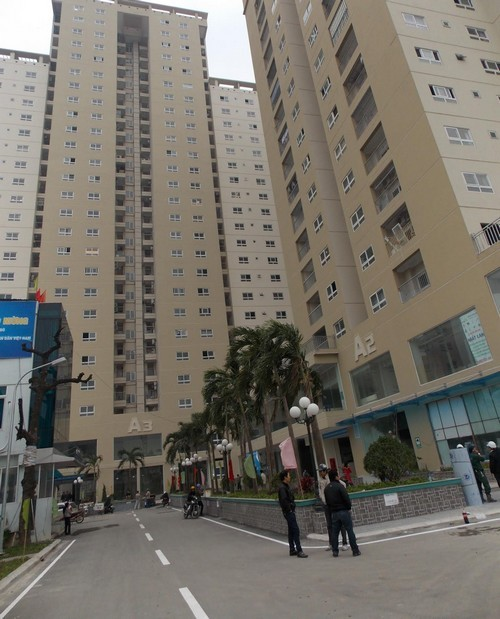 Thang máy rơi tự do tại tòa nhà 250 Minh Khai - anh 1