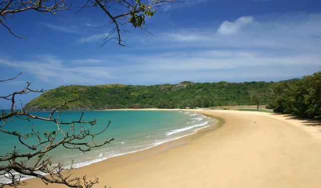 Khám phá những bãi biển hoang sơ, tuyệt đẹp cho dịp lễ 30/4-1/5 sắp tới - anh 13