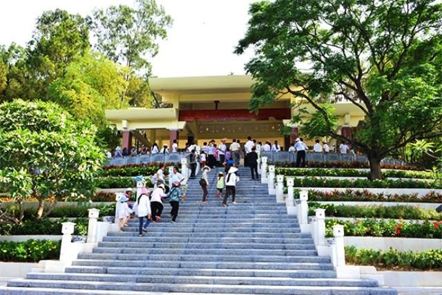 Tháng 5, hành hương về Nghệ An thăm quê Bác - anh 11