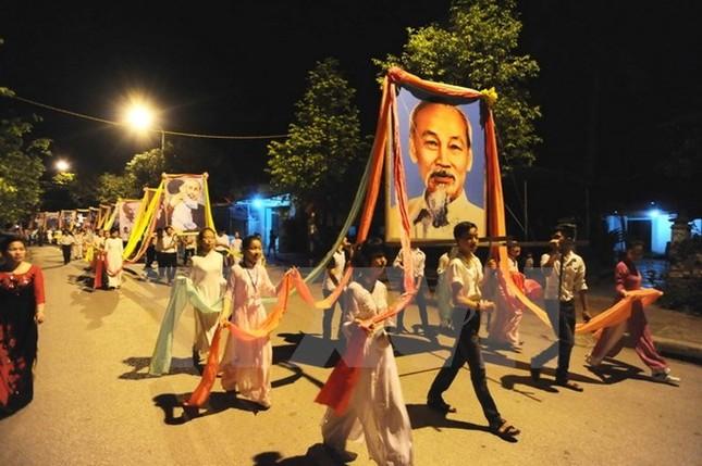 Tháng 5, hành hương về Nghệ An thăm quê Bác - anh 13