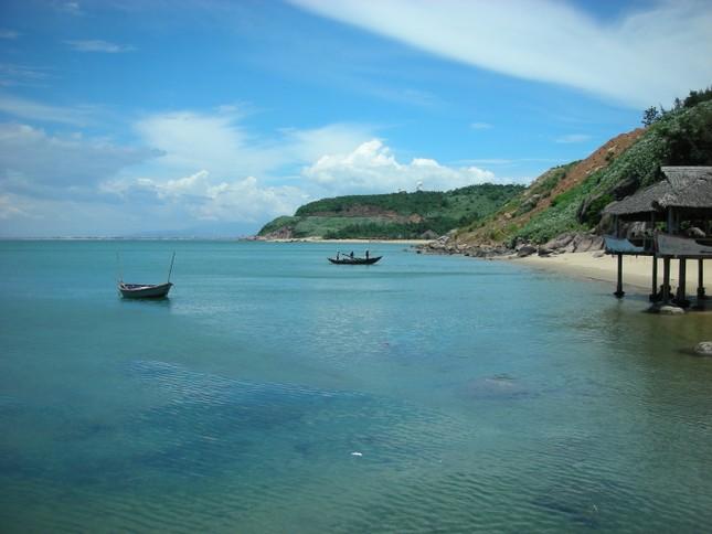 Đến Quảng Ninh ngắm vẻ đẹp biển Trà Cổ - anh 1