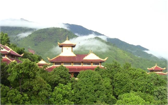 Điểm danh những thiền viện Việt Nam có kiến trúc tuyệt đẹp - anh 10