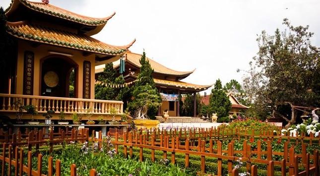Điểm danh những thiền viện Việt Nam có kiến trúc tuyệt đẹp - anh 4