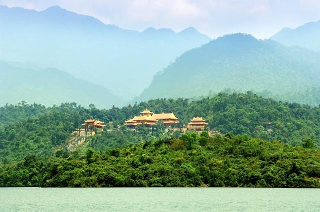 Điểm danh những thiền viện Việt Nam có kiến trúc tuyệt đẹp - anh 9