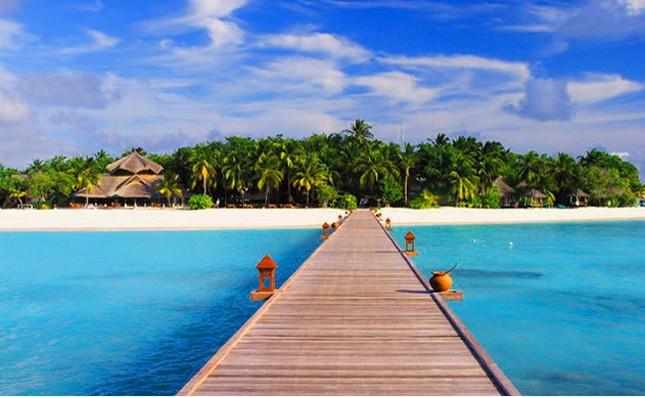 """Đến Hòn Tằm chiêm ngưỡng vẻ đẹp của """"đảo xanh"""" giữa Vịnh Nha Trang - anh 1"""