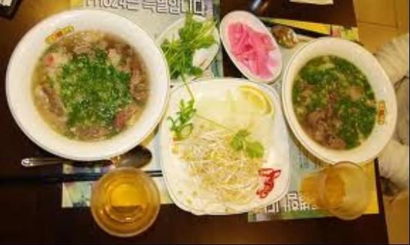 Điểm danh những quán đồ ăn Việt nổi tiếng tại xứ sở kim chi - anh 1