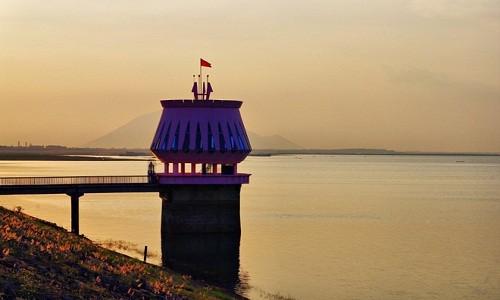 Hồ Dầu Tiếng - điểm đến mới mẻ thích hợp cho chuyến trải nghiệm cuối tuần - anh 1