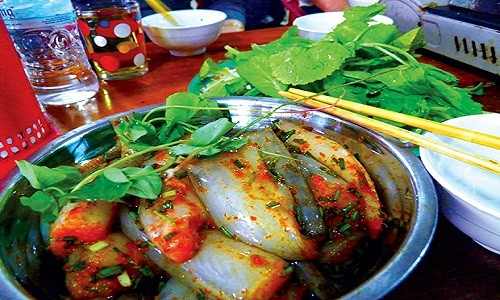 Những món ăn nổi tiếng ở quê hương Hồ Ngọc Hà - anh 12