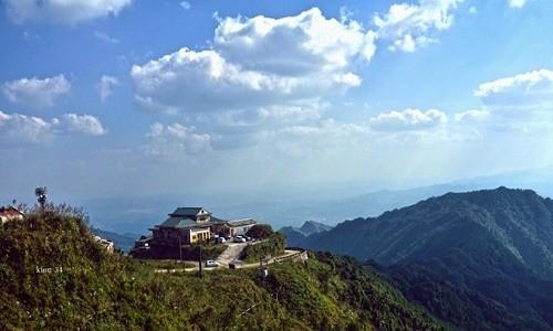 Những trải nghiệm tuyệt vời khó cưỡng lại trong mùa hè tại Mẫu Sơn - anh 3