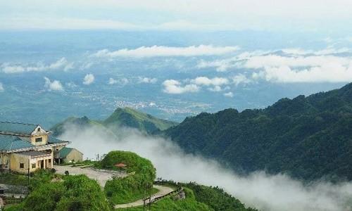 Những trải nghiệm tuyệt vời khó cưỡng lại trong mùa hè tại Mẫu Sơn - anh 4