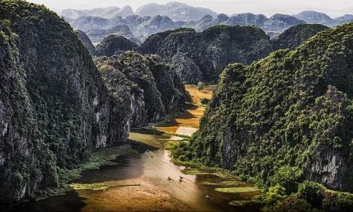 Động Thiên Hà - vẻ đẹp khó cưỡng ở miền đất Tràng An - anh 1