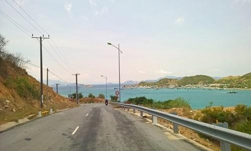 Đến đảo Bình Hưng chiêm ngưỡng vẻ đẹp biển đảo của tổ quốc - anh 4