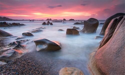 Ngắm bãi đá 7 màu tuyệt đẹp tại Cổ Thạch - anh 2