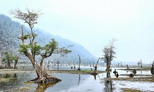 """Hồ Noong – chốn """"tiên cảnh"""" ở miền cao Hà Giang - anh 1"""