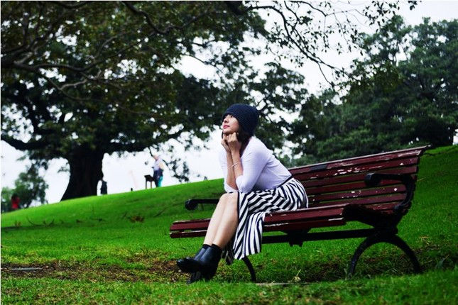 Vân Trang đẹp rạng ngời với phong cảnh mùa thu nước Úc - anh 6