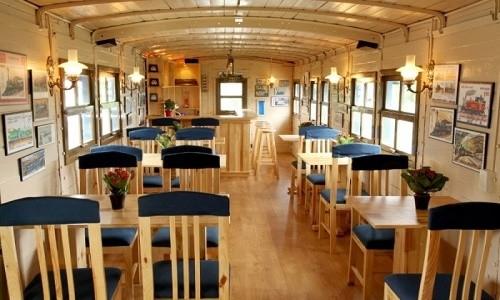 Trải nghiệm quán cà phê hơn 100 tuổi trên toa tàu tại Đà Lạt - anh 8