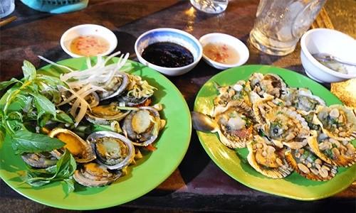 Điểm danh những địa điểm ăn hải sản rẻ mà ngon - anh 5