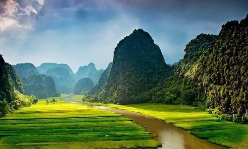 Điểm danh 10 con sông tạo nên dáng hình đất nước - anh 10