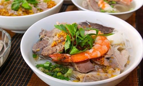 Hủ tiếu Nam Vang - món ngon Sài Thành khiến khách Tây mê mẩn - anh 1