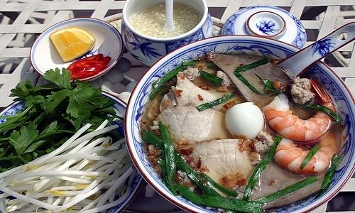Hủ tiếu Nam Vang - món ngon Sài Thành khiến khách Tây mê mẩn - anh 2