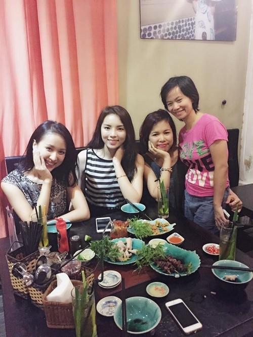 Điểm danh những quán ăn ngon dễ gặp sao Việt ở Hà Nội - anh 1