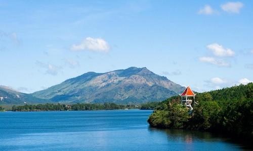 Chiêm ngưỡng vẻ đẹp hồ T'nưng - hồ nước ngọt lớn nhất Tây Nguyên - anh 5