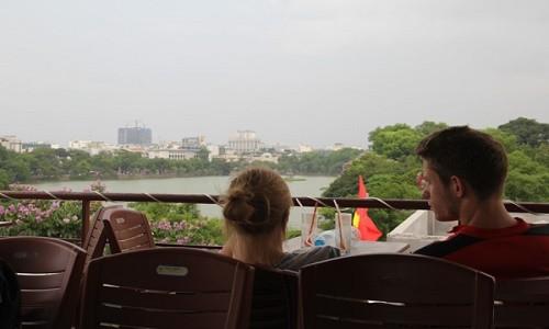 Ngắm trọn trái tim thủ đô từ những quán cà phê view đẹp - anh 1