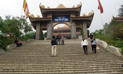 Ghé thăm Thiền viện Trúc Lâm Tây Thiên mùa Vu Lan 2015 - anh 3