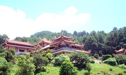 Ghé thăm Thiền viện Trúc Lâm Tây Thiên mùa Vu Lan 2015 - anh 4