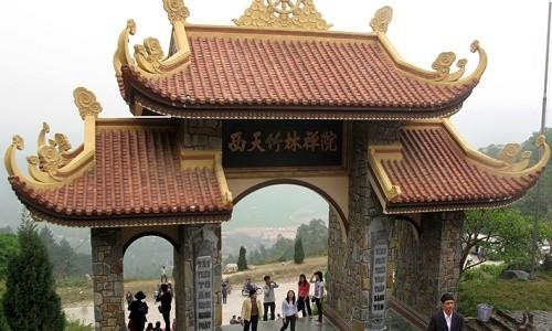 Ghé thăm Thiền viện Trúc Lâm Tây Thiên mùa Vu Lan 2015 - anh 6