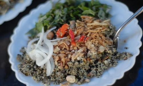 Những món Huế ăn hoài không chán ở chốn Hà Thành - anh 5
