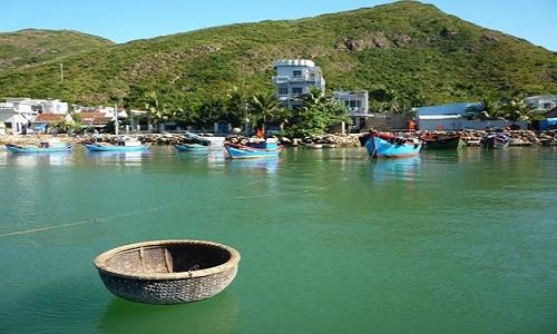 Ghé Bình Định thả mình trong làn nước trong xanh của bãi tắm Hoàng Hậu - anh 7