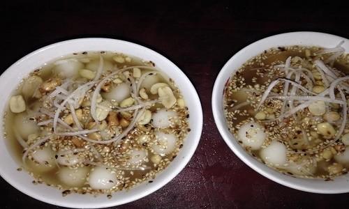 Điểm danh những món ăn vặt xứ Lạng hút hồn du khách - anh 1