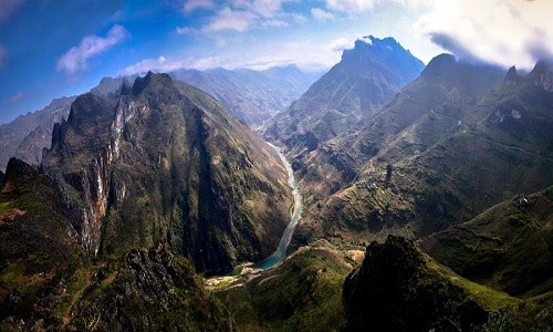 Sông Nho Quế - vẻ đẹp mê hồn của dòng sông trên cao nguyên đá - anh 1
