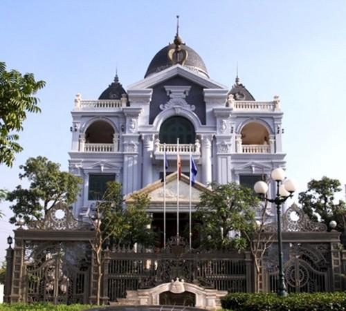 Điểm danh những tòa biệt thự có kiến trúc đẹp ngay lòng Hà Nội - anh 4