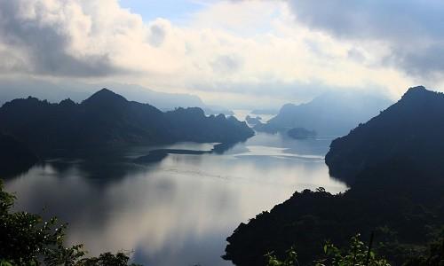 Thung lũng Ba Khan - điểm đến cuối tuần cực đẹp gần Hà Nội - anh 2
