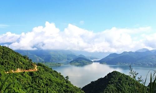 Thung lũng Ba Khan - điểm đến cuối tuần cực đẹp gần Hà Nội - anh 3
