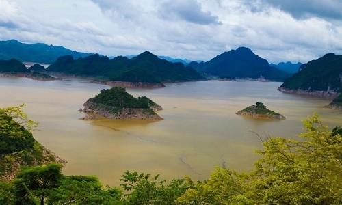 Thung lũng Ba Khan - điểm đến cuối tuần cực đẹp gần Hà Nội - anh 6