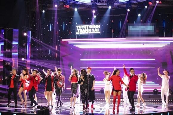Tuyệt đỉnh tranh tài 2015: Thủy top gây sững sờ Ban giám khảo khi hát live tốt - anh 8