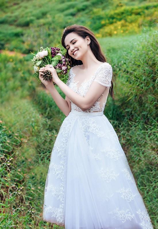 Vợ chồng Diễm Hương tung ảnh cưới lãng mạn tại Đà Lạt - anh 16
