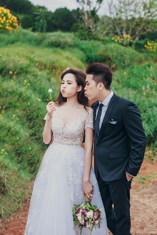 Vợ chồng Diễm Hương tung ảnh cưới lãng mạn tại Đà Lạt - anh 7