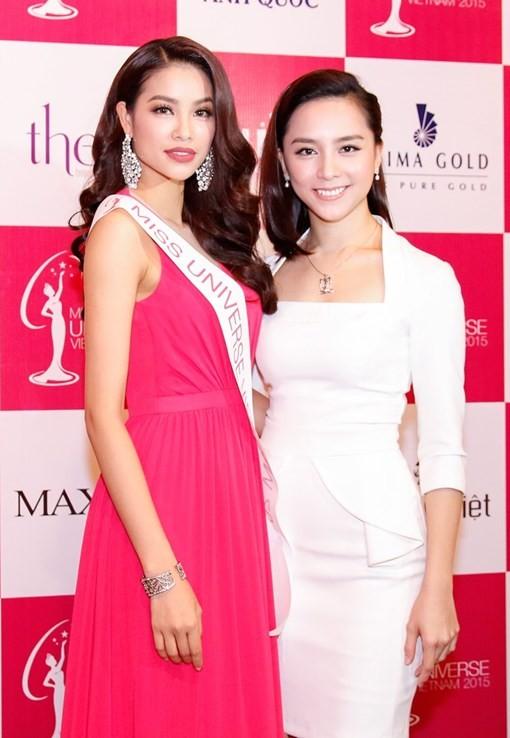 Phạm Hương mang sen vàng sang Mỹ dự thi Hoa hậu Hoàn vũ 2015 - anh 3