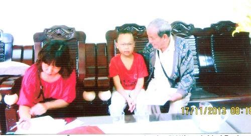 Xin hãy để bà Tranh chữa bệnh cho con trai tôi - anh 2