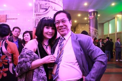 NSND Lan Hương tiết lộ quãng thời gian chia tay con ruột để chăm con chồng - anh 2