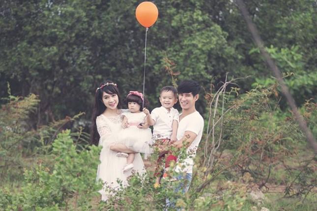 5 bộ ảnh siêu đẹp của gia đình ca sĩ Lý Hải - Minh Hà trong năm 2014 - anh 5