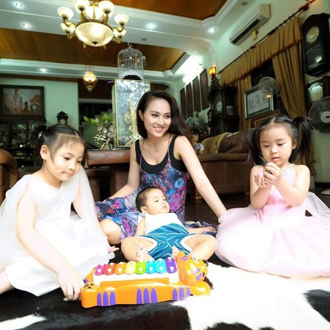 Diễn viên Hoài Thu: Tôi tự hào vì là vợ của NSND Lê Hùng - anh 1