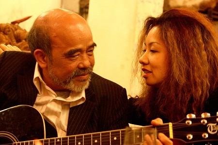 Giáo sư Đặng Hùng Võ chia sẻ về cuộc hôn nhân hạnh phúc năm 65 tuổi - anh 1