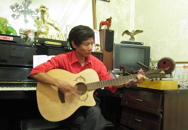 """Nhạc sĩ Đăng Nước: Tiếng sét ái tình của nàng """"sơn ca xứ Huế"""" - anh 1"""