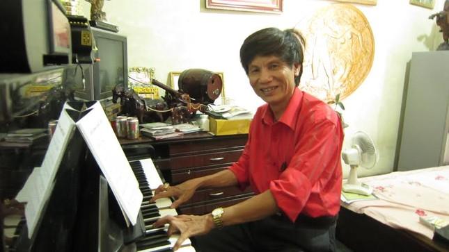 """Nhạc sĩ Đăng Nước: Tình yêu chân thành với cô nàng """"hạt mít"""" Hồng Nhung - anh 1"""