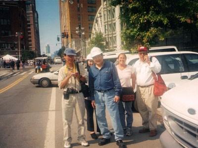 Chuyện chưa kể về tỷ phú người Việt đầu tiên sở hữu khách sạn ở New York - anh 1